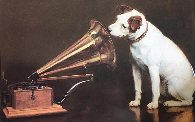 ビクター犬「ニッパー」のロゴの由来と2つの謎